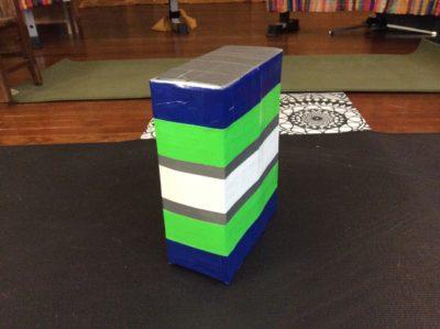 Box yoga block
